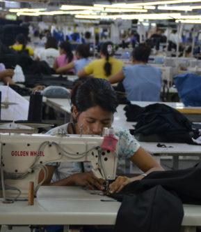 Kledingfabriek in Myanmar